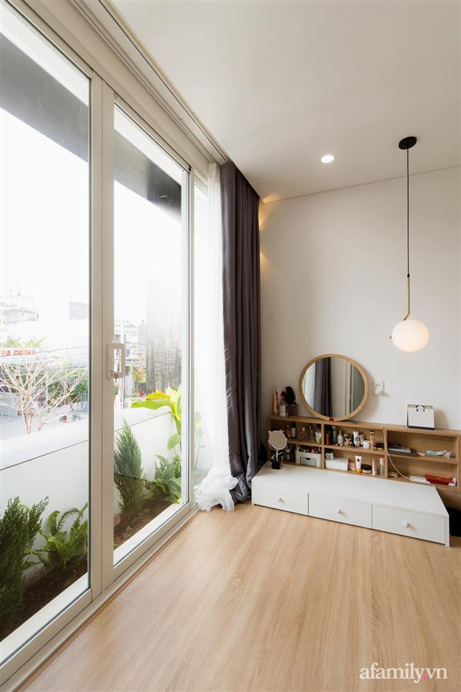 Căn nhà phố màu trắng gọn xinh ấm cúng của cặp vợ chồng trẻ Đà Nẵng có chi phí hoàn thiện 1,4 tỷ đồng-23