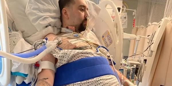 Người đàn ông bị Covid ăn sạch cả hai phổi và điều kỳ diệu đến từ cảnh tăm tối nhất-1