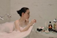 Linh Rin hiếm hoi khoe ảnh tắm bồn gợi cảm, em chồng Hà Tăng phản ứng thế nào?b