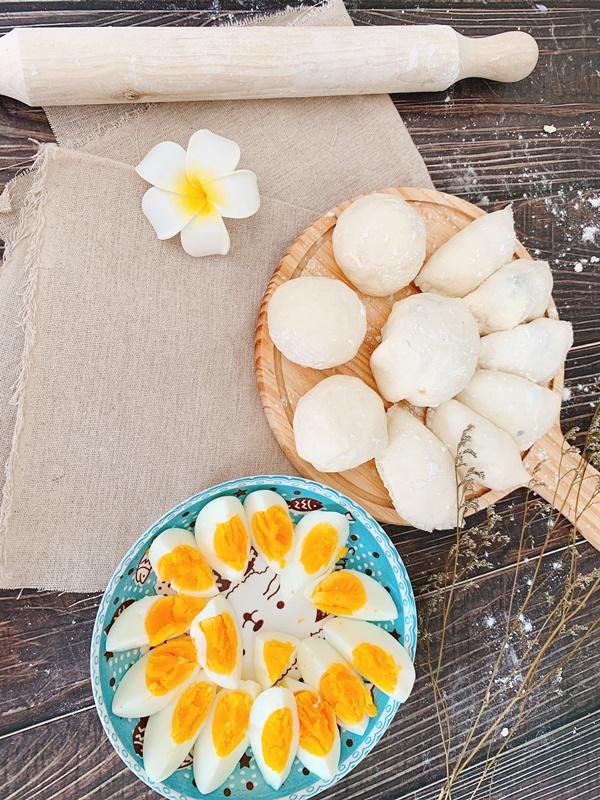 Học cáchlàm bánh bao nhân thịt thơm ngon, hấp dẫn, cả nhà có món ăn sáng nhanh gọn mà vẫn đầy đủ dưỡng chất-2