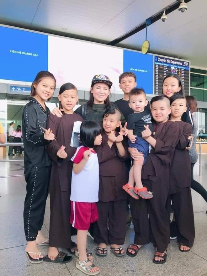 Ca sĩ Phi Nhung có tâm nguyện đặc biệt dành cho 23 con nuôi nhưng chưa thành, Xuân Lan tiết lộ tin nhắn quá đau lòng!-5