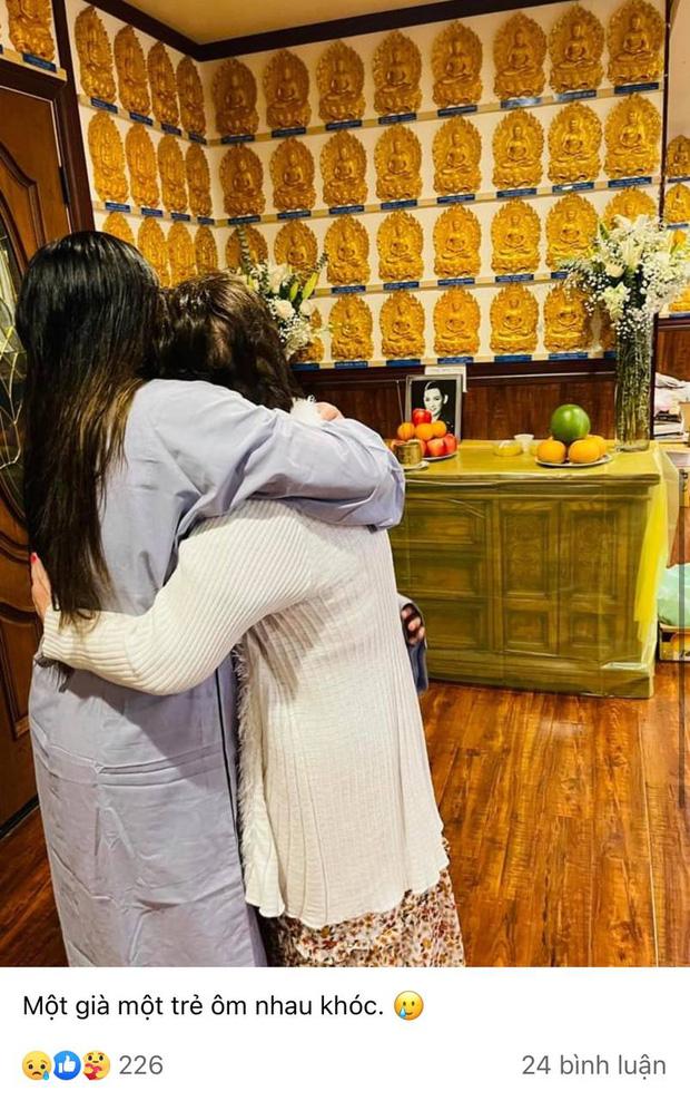Lễ cầu siêu cho Phi Nhung tại Mỹ: Con gái suy sụp trước di ảnh mẹ, Trizzie Phương Trinh, Hồng Đào có mặt chia buồn-2