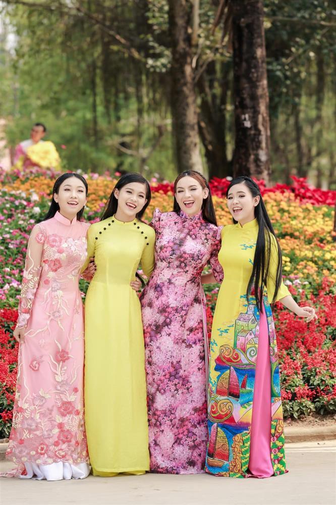 Báo Hàn viết về cuộc đời cơ cực của Phi Nhung-3