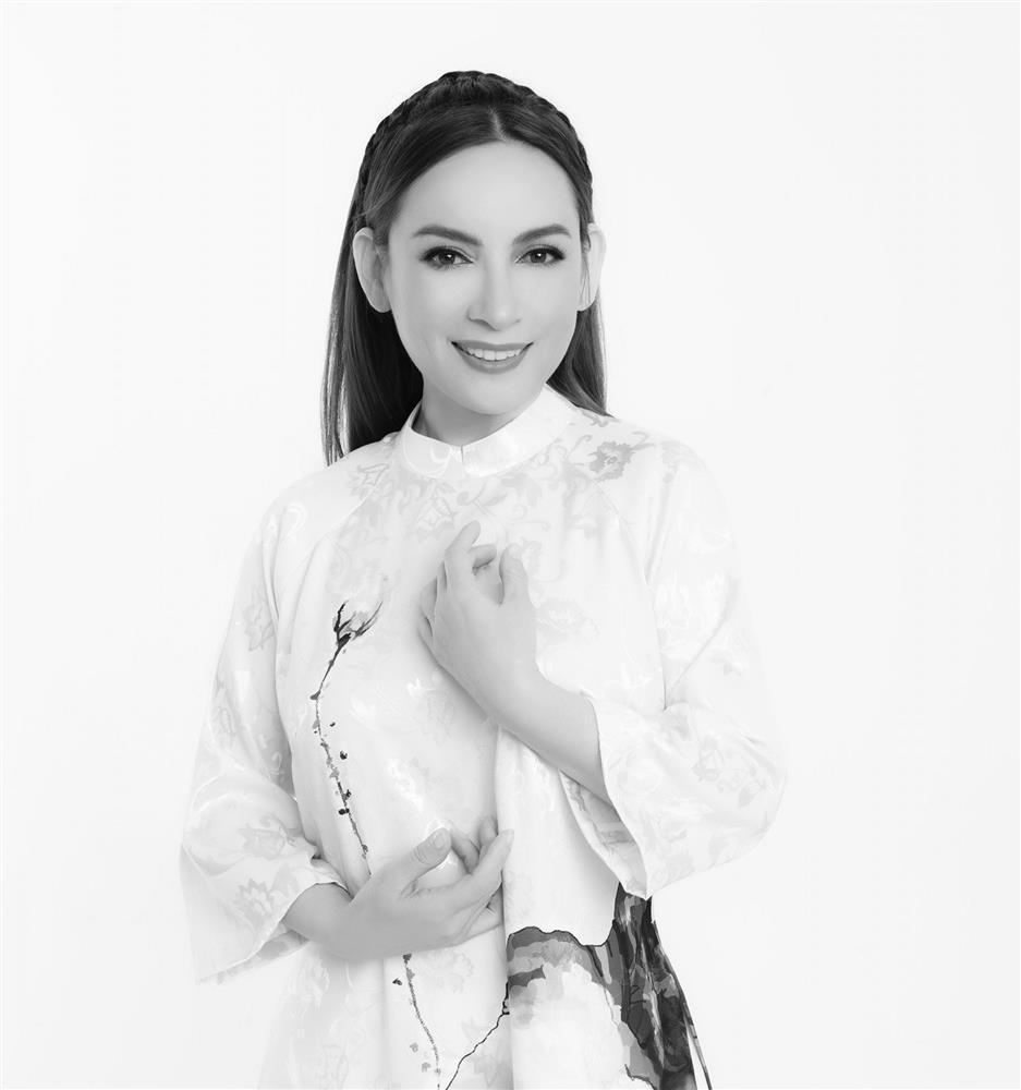 Việt Hương thôi gồng để khóc khi lo tang lễ Phi Nhung-1