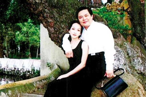 Cay đắng chuyện tình của Linh Nga với Thuyết buôn vua: Chồng bị bắt 1 tuần trước đám cưới, quyết chờ 20 năm để rồi bị phản bội-5