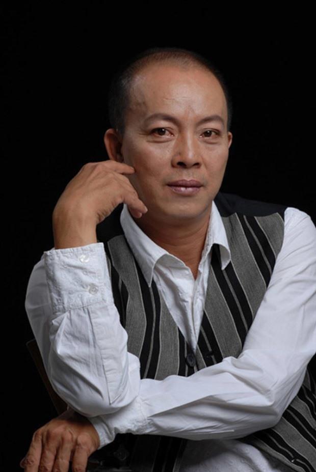Trước khi bị bắt, Nhâm Hoàng Khang từng làm náo loạn showbiz thế nào?-2