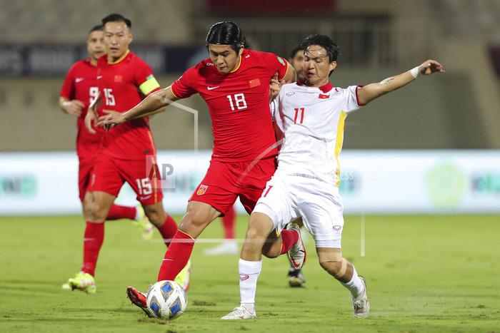 Những sai lầm chí mạng của HLV Park Hang-seo trong trận ĐT Việt Nam thua ĐT Trung Quốc-1