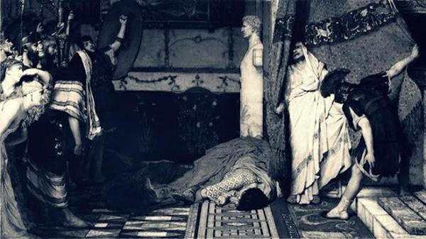 Ả đàn bà giúp Hoàng hậu hạ độc trừ khử nhà vua, được hậu thuẫn ra tay giết người hàng loạt để cuối đời nhận về kết cục đau đớn-3