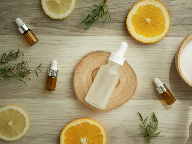 Vitamin C cho da nhạy cảm: Nhớ 5 điều này thì làn da thâm nám sẽ hồi xuân-3