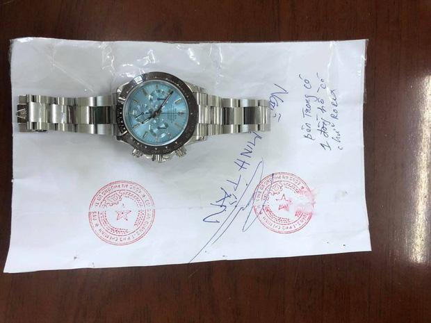 TP.HCM: Đến nhà bạn trai thấy đồng hồ Rolex trị giá 2 tỷ đồng, cô gái đặt mua hàng fake 15 triệu để đánh tráo-2