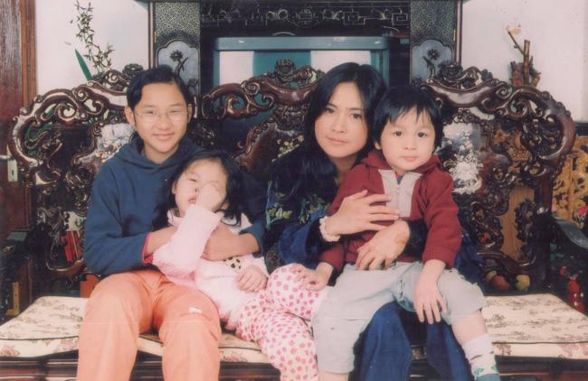 Thanh Lam lần đầu kể chuyện sinh con gái ở tuổi 20, tuổi thơ của con toàn gọi mẹ là bà-3
