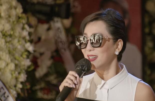 Tang lễ cố ca sĩ Phi Nhung ở Mỹ: Việt Hương khóc nức nở trong vòng tay Wendy Phạm, tiết lộ di nguyện cuối cùng của cố nghệ sĩ-20