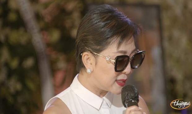 Tang lễ cố ca sĩ Phi Nhung ở Mỹ: Việt Hương khóc nức nở trong vòng tay Wendy Phạm, tiết lộ di nguyện cuối cùng của cố nghệ sĩ-21
