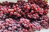 Nho Trung Quốc đổ về chợ Việt, có loại giá rẻ như khoai lang
