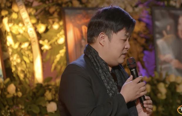 Tang lễ cố ca sĩ Phi Nhung ở Mỹ: Việt Hương khóc nức nở trong vòng tay Wendy Phạm, tiết lộ di nguyện cuối cùng của cố nghệ sĩ-16