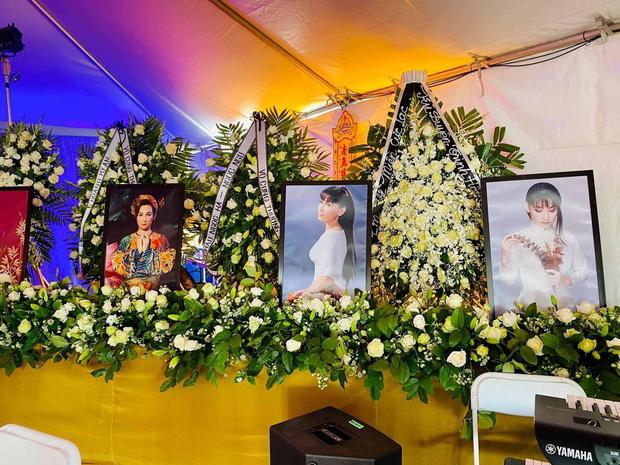 30 bức ảnh xuất hiện trong tang lễ Phi Nhung tại Mỹ, hé lộ tâm nguyện cuối cùng!-1