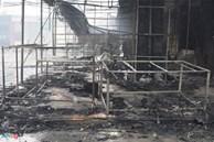 Cháy trung tâm thương mại ở Hải Phòng, nhiều tiểu thương bật khóc