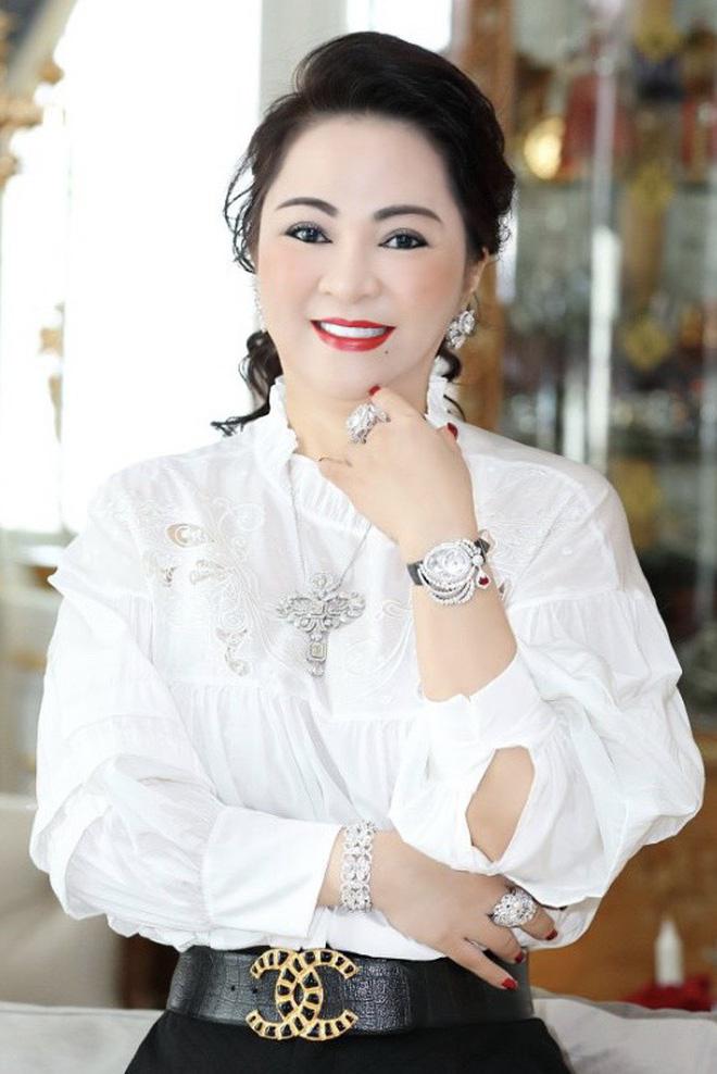 Nóng: Đàm Vĩnh Hưng xác nhận đã làm việc với cơ quan chức năng, tuyên bố cực căng về vụ kiện tụng với bà Phương Hằng!-4