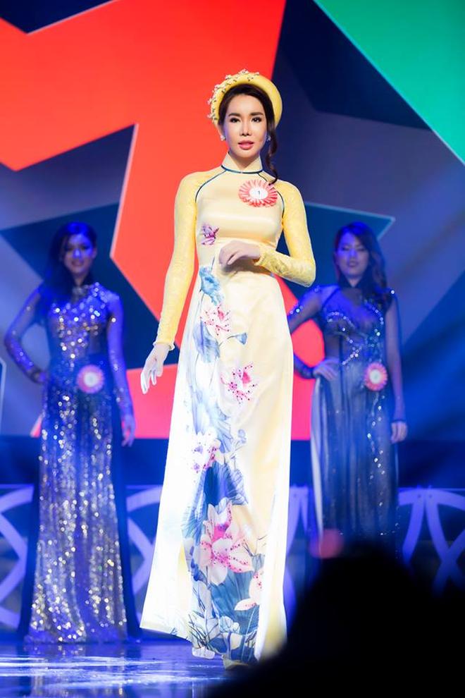 Hoa hậu nhảy đồng hồ Rolex 2 tỷ của người yêu: Style thế nào mà khiến thiếu gia kém 7 tuổi mờ cả mắt?-4