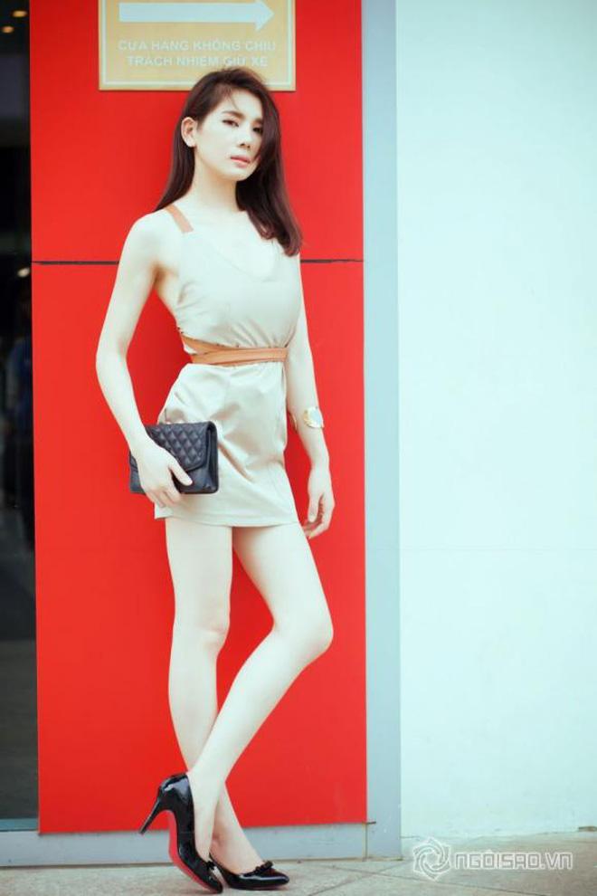 Hoa hậu nhảy đồng hồ Rolex 2 tỷ của người yêu: Style thế nào mà khiến thiếu gia kém 7 tuổi mờ cả mắt?-8