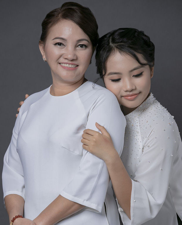 Khi các ca sĩ rời công ty quản lý của ba mẹ nuôi: Phương Mỹ Chi êm đẹp với Quang Lê, 2 người con nuôi của cố NS Phi Nhung đối lập hoàn toàn-7