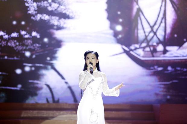Khi các ca sĩ rời công ty quản lý của ba mẹ nuôi: Phương Mỹ Chi êm đẹp với Quang Lê, 2 người con nuôi của cố NS Phi Nhung đối lập hoàn toàn-10