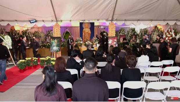 Con gái ruột Phi Nhung nói lời cảm tạ, rất xúc động vì 1 điều sau tang lễ của mẹ-9