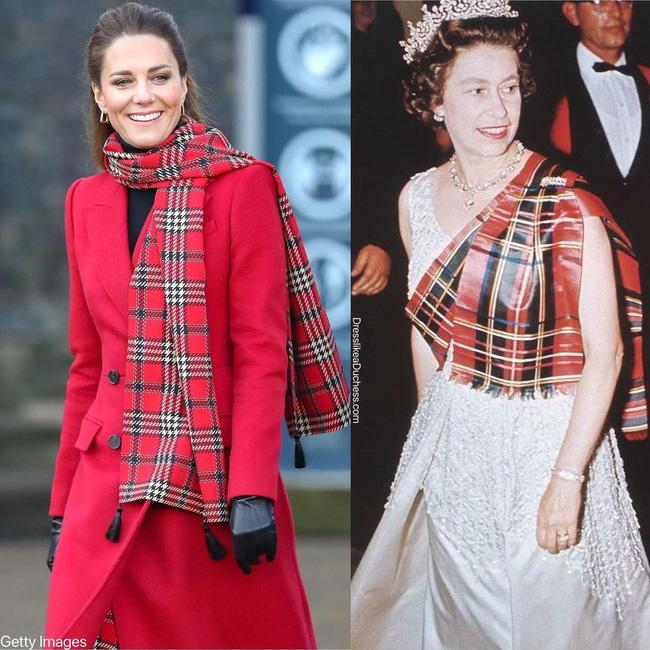 Nhìn những lần Công nương Kate diện đồ hao hao Nữ hoàng Anh, dân tình khen cô đã rất ra dáng Hoàng hậu tương lai-5
