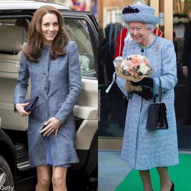 Nhìn những lần Công nương Kate diện đồ hao hao Nữ hoàng Anh, dân tình khen cô đã rất ra dáng Hoàng hậu tương lai-8