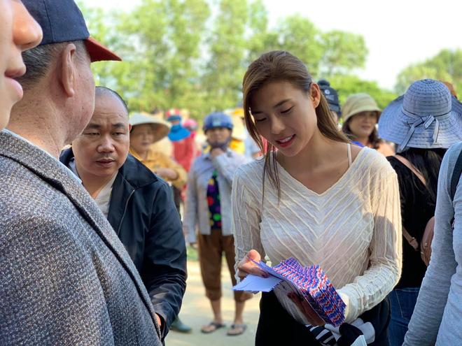 Thuý Diễm chính thức lên tiếng sau khi bị CEO Đại Nam gọi tên vào drama sao kê tiền từ thiện miền Trung!-6