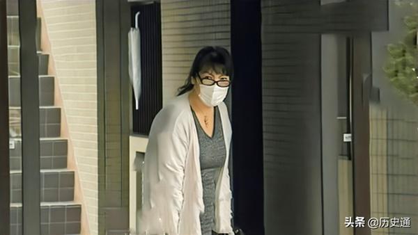 Bê bối liên tiếp bủa vây vị hôn phu của Công chúa Nhật Bản, hé lộ chân dung người mẹ chồng bị dư luận lên án-5