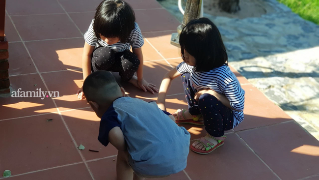 Tại sao những đứa trẻ ngày xưa có thể bị la mắng, đánh đòn nhưng ít khi gặp vấn đề về tâm lý? Câu trả lời đang được vô số phụ huynh quan tâm-3