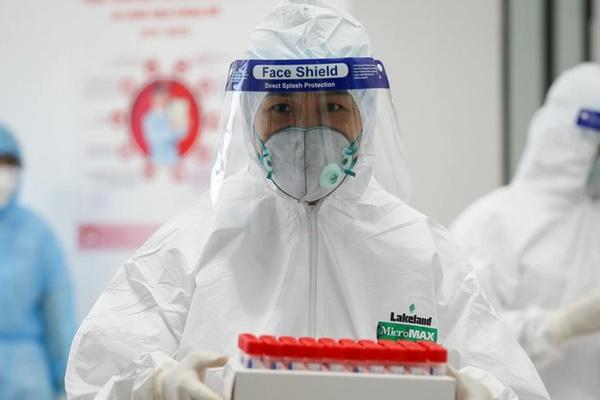 Bộ Y tế làm rõ vấn đề xét nghiệm SARS-CoV-2 khi đi lại: Chỉ những trường hợp sau cần xét nghiệm-1