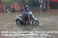 Video: Mưa trắng trời, đường phố Hà Tĩnh biến thành sông