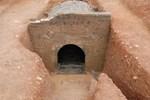 Bước vào mộ cổ 600 tuổi, chuyên gia chết đứng thấy quan tài lơ lửng trên không, các ngọn đèn tự bật sáng, bí mật vi diệu ẩn sau là gì?