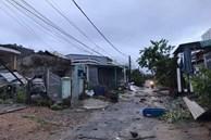 Quảng Ngãi: Lốc xoáy làm 45 nhà dân bị tốc mái, sập tường, người dân tháo chạy trong đêm