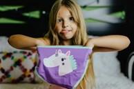 Người thân tặng quần áo cũ cho bé, dù đẹp đến mấy mẹ cũng đừng cho con dùng 3 món đồ này, lý do xem bên dưới