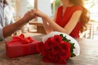 Mách chàng chọn quà tặng ngày 20/10 cho người yêu ấn tượng, độc đáo nhất năm 2021 khiến nàng 'lịm tim'