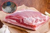 Mới 7 tuổi bé trai đã mắc ung thư, bố mẹ ân hận vì thường xuyên nấu thịt cho con ăn theo cách nguy hiểm này