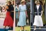 Trùm diện chân váy xếp ly đẹp chính là Công nương Diana, bà có 2 cách mix 'để đời' dành cho phái đẹp