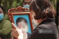 Đám tang đẫm nước mắt của bé trai 2 tuổi ở Bình Dương: Bà nội ôm di ảnh cháu khóc ngất, bố mắt đỏ hoe sau bao ngày ngóng đợi con về