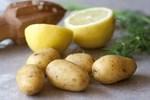 Con bị sưng đỏ tại vết tiêm sau tiêm phòng Covid-19, tôi có nên đắp chanh, khoai tây?