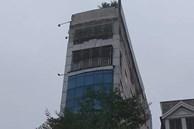 Hà Nội: Trèo ra khỏi thang máy bị mắc kẹt, cô gái rơi từ tầng 7 xuống tầng 1 tử vong