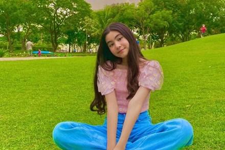 Con gái út nhà MC Quyền Linh gây sốt nhờ nhan sắc nổi bật không kém chị gái dù mới 13 tuổi