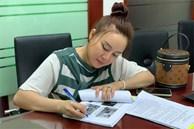 Vy Oanh đang có mặt ở Công an TP.HCM để làm đơn yêu cầu khởi tố bà Nguyễn Phương Hằng