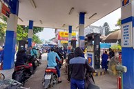 Cú tăng sốc từ 16h chiều nay, giá xăng dầu vượt 24 nghìn đồng/lít