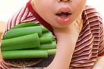 Bé 8 tuổi sốc phản vệ vì ăn mì tôm: Những lưu ý tối quan trọng cha mẹ cần biết để bảo vệ con